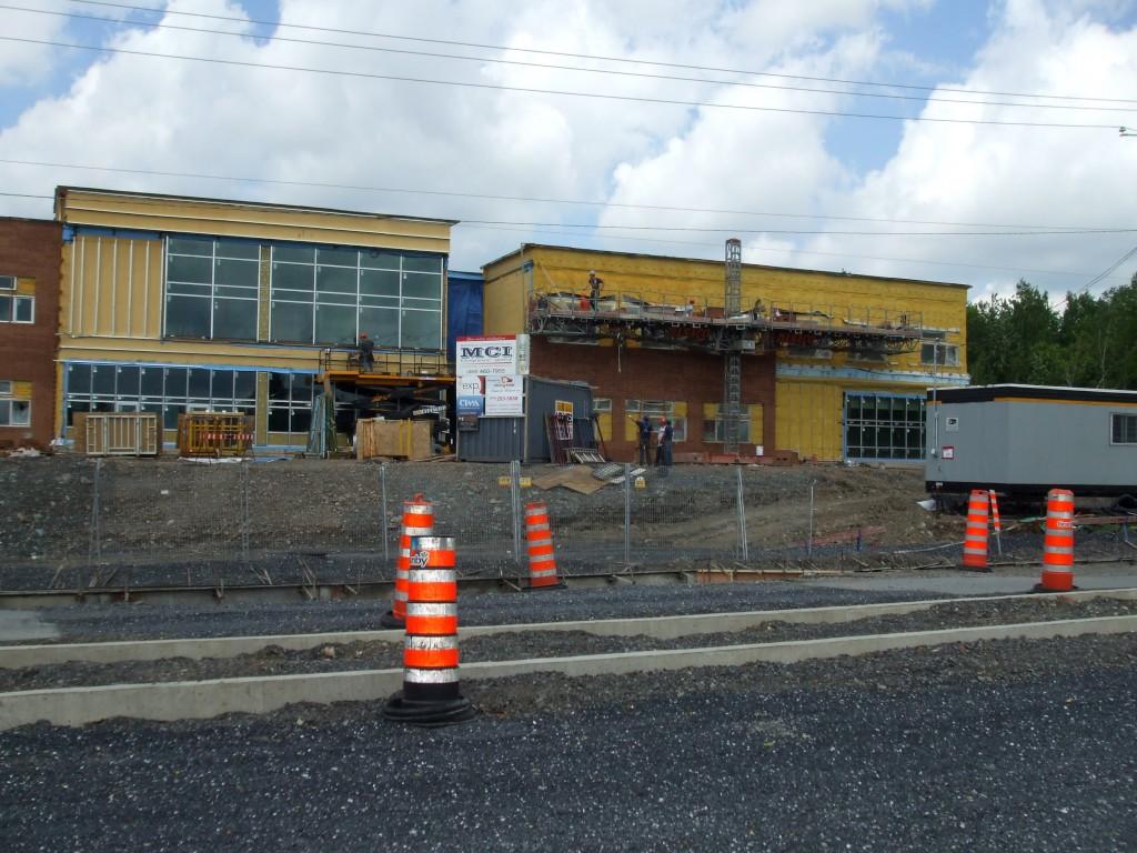 Construction de l'école des Bâtisseurs : nouvelles photos !