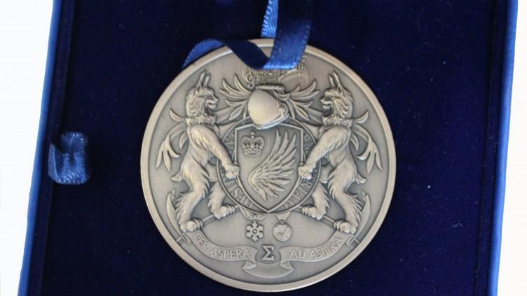 Félicitations aux récipiendaires de la Médaille académique du Gouverneur général!